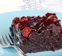 Brownie z żurawiną: przepis na pyszne ciasto z czekoladą