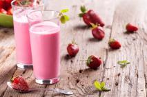 Truskawkowy shake z mrożonych truskawek - łatwy przepis