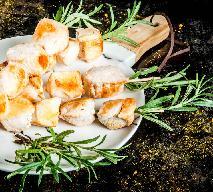 Indycze szaszłyki z rozmarynem z grilla lub piekarnika