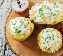 Ziemniaki pieczone z bryndzą: pomysł na obiad