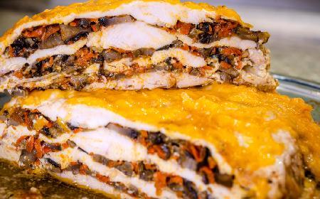 Kapitalna pierś kurczaka pieczona z grzybami i warzywami