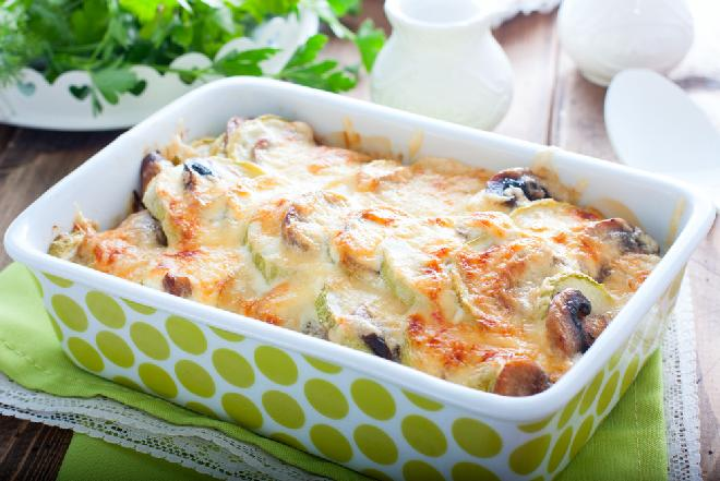 Ziemniaki zapiekane z kabaczkiem i pieczarkami