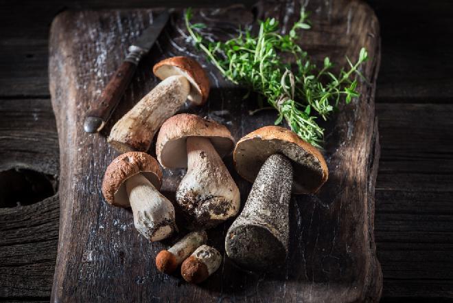 Pyszne grzyby pasteryzowane z tymiankiem: przepis