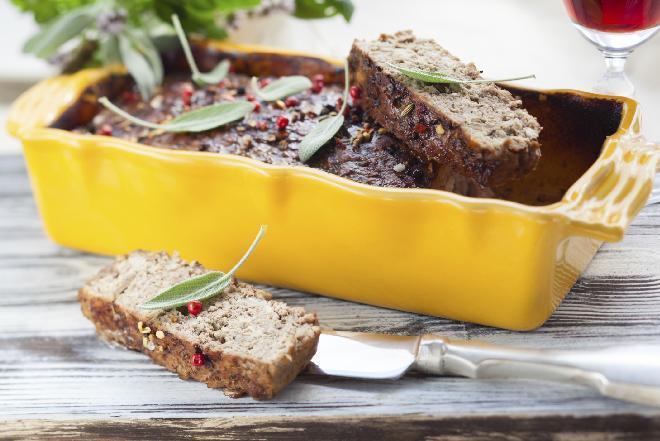 Jak zrobić pyszny pasztet? Przepis i rady kucharza