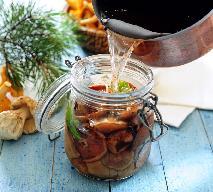 Rydze marynowane w słodkiej zalewie octowej: przepis na łagodną marynatę Babci Luni