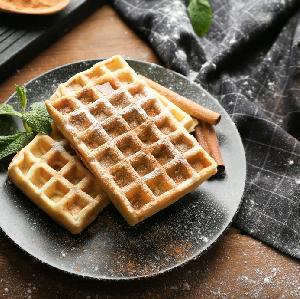Pulchne i chrupkie gofry na kefirze: przepis na domowe gofry z ciasta proszkowego