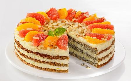 Tort makowo-budyniowy [WIDEO]