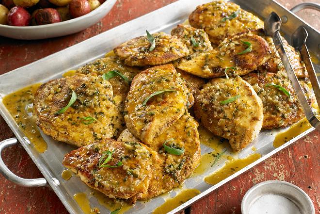 Idealna pierś kurczaka w sosie maślanym z estragonem