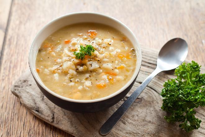Najlepsza zupa krupnik: zobacz łatwy przepis babci Luni