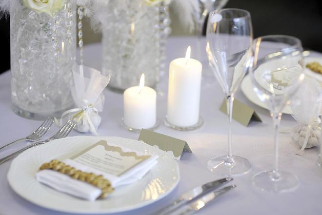 Rozmieszczenie gości przy stole: czym się kierować?
