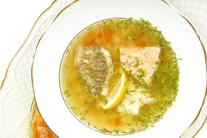 Pyszna zupa rybna z ryb Bałtyku